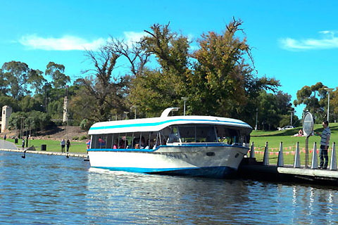 Paket Afternoon Adelaide Highlights & River Cruise