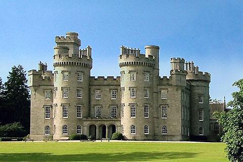 Paket Tour 13D/12N Favourite Scottish Clans & Castle With London