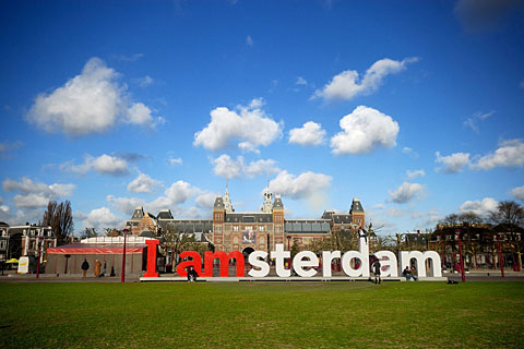 Paket Tour 16D/15N Explore Western to Eastern Europe In & Out Amsterdam