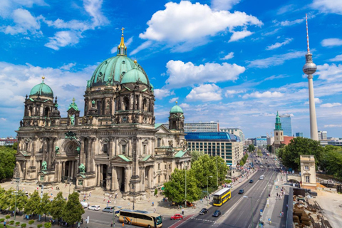 Paket Tour 5D/4N Favourite Amsterdam and Berlin