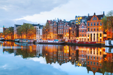 Paket Tour 5D/4N Favourite Amsterdam and Paris