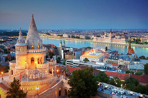 Paket Tour 7D/6N Explore Frankfurt - Prague - Bratislava - Budapest - Vienna - Munich
