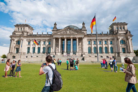 Paket Tour 8D/7N Favourite Germany, Prague and The Netherlands