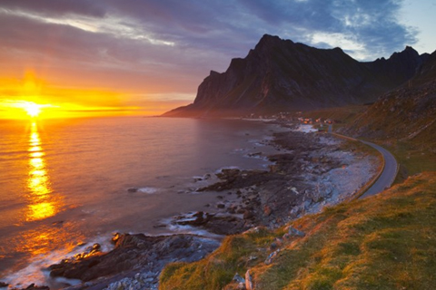Paket Tour 8D/7N Favourite The Dance Of The Midnight Sun Lapland & North Cape With Oslo