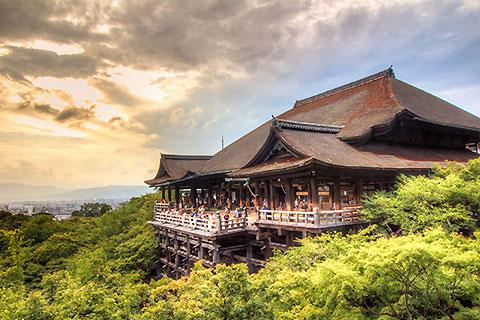 Paket Tour 4D/3N Experience Kyoto Tour with Fushima Inari Taisha
