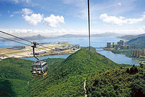Paket Tour 4D/3N Favourite Hong Kong Free & Easy with Ngong Ping 360