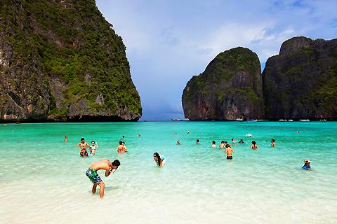 Paket Tour 4D/3N Experience Fun Island Holiday in Krabi