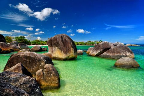 Belitung I Love You: List Tempat Wisata di Belitung Yang Harus Kamu Datangi!
