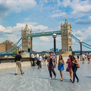 Tower-Bridge-and-Tower-of-London