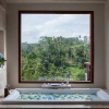 Bathtub at Deluxe Suite