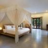 duplex-royal-pool-villa-indoor