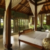 executive-pool-villa-indoor
