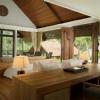 grand-spa-pool-villa-bedroom