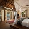 executive-ocean-front-villa bedroom