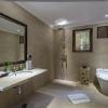 limasan bathroom