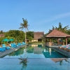 vila-ombak-FACILITIES-HIDDEN-POOL-BAR-1
