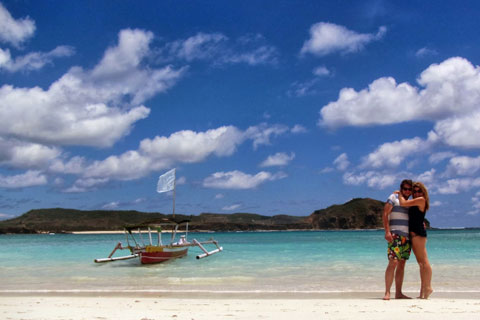 Paket Tour 4d 3n Favourite Honeymoon Package In Lombok Yuktravel Com