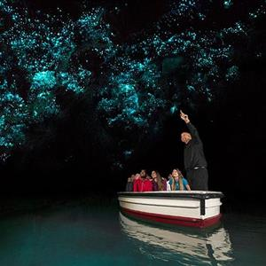 Waitomo-Glowworm-Caves